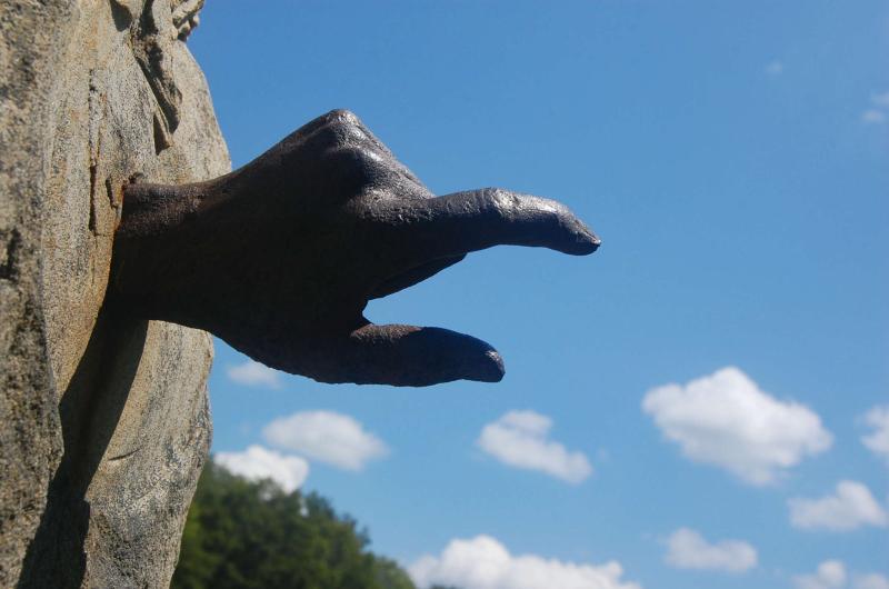 Hands7-Final